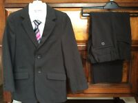 M&S Immaculate Boys Suit shirt and tie - age 7