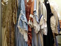 Somptueuses robes style MARIE-ANTOINETTE, $125 et $175