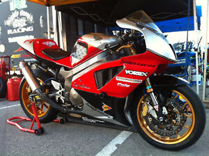 pro built 2001 RC51 Track day Sweetheart !