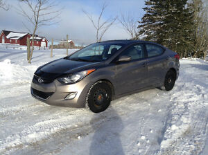 2011 Hyundai Elantra *Only 56000 KLMS, Heated Front & Rear Seat*