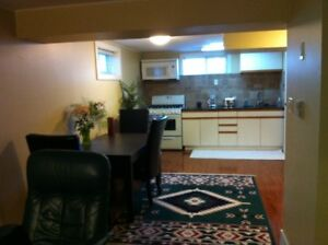 Well appointed suite near Chinook and Rockyview Hosp