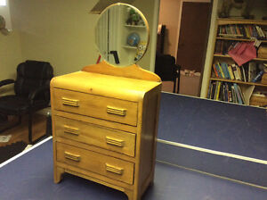 Small wooden Art Deco style dresser