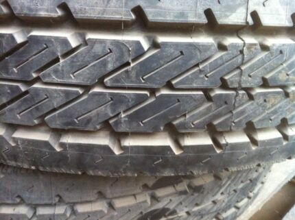 Truck tyre Michelin  Energy, XZA2,  275/70/R22.5  brand new ,$250
