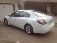 2012 Nissan Altima SL 2.5 Sedan.  Original owner