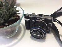 Olympus E-PL1 with Zoom Lens Kit