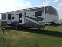 Gorgeous escalade fifth wheel for sale