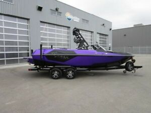 2018 Axis Wake Research Core Series T22
