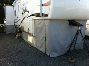 RV Skirts      Custom made for your RV  .....At YOUR location Comox / Courtenay / Cumberland Comox Valley Area image 2