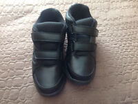 Men's size 11 extra wide Velcro shoes