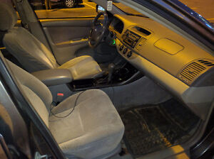 2002 Toyota Camry LE Sedan (price reduced to $2200 OBO) West Island Greater Montréal image 9