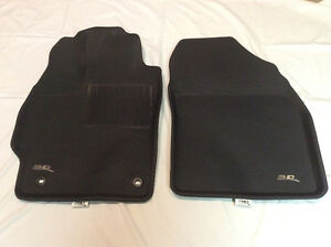 CUSTOM HIGH SIDED FLOOR MATS FOR PRIUS V