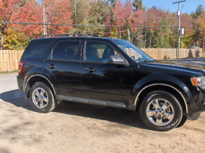 2009 Ford Escape LIMITED XLT cuir VUS