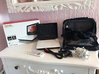 Toshiba 7 inch widescreen portable DVD player