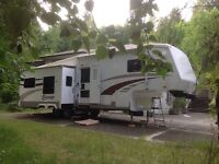 2008 30ft CrossRoads Cruiser 5th Wheel