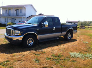 Ford F250 V10 Super Duty Truck ***Low Mileage***