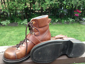 BROWNS leather steel toe woman boots size 8