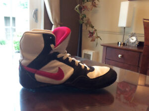 Chaussure Nike greco supreme  pour femme