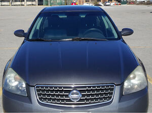 2005 Nissan Altima 3.5S Sedan (Emission tested)