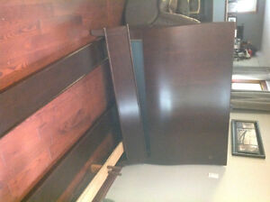 Queen size Headboard, footboard and rails