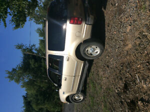 1999 Ford Expedition XLT SUV, Crossover 2200 or best offer
