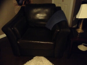 Leather chairs Kitchener / Waterloo Kitchener Area image 1