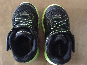 Skecher shoes for toddler size 5
