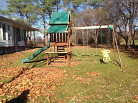 Climbing swing playhouse slide parc structure