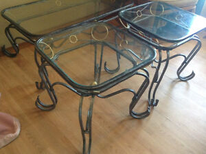Set Coffee table & 2 ends glass top cast iron frame