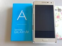 Samsung Galaxy a5 16GB in gold for sale