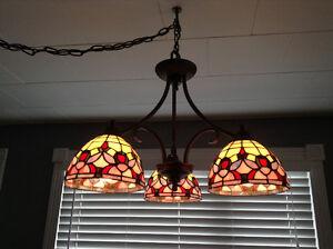 Lampe suspendu style Tiffany
