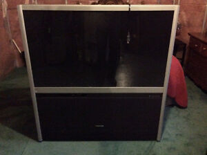 "Toshiba 51"" rear projection bundle FREE TO AGOOD HOME"