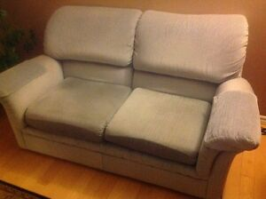 Causeuses,  Love seat