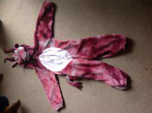 Dragon Costume sz.4-6 bought at Toys R Us $10.00