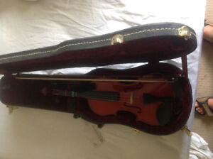 Violin 3/4 size with case