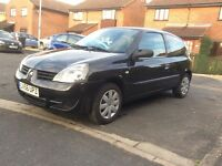 Renault Clio campus 2006 1.2 3dr- ideal first time car