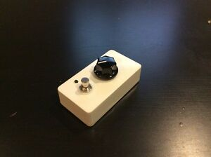 Hand made 10db Clean Boost guitar pedal Kitchener / Waterloo Kitchener Area image 4
