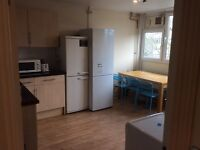 Nice and cozy SINGLE ROOM WITH DOUBLE BED IN BATTERSEA £140 pw(bills inc)