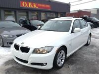 BMW 3 Series 328i xDrive AWD-TOIT-AUTO 2009