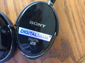 "SONY NOISE CANCELLING HEADPHONES ""NEW"" Prince George British Columbia image 2"