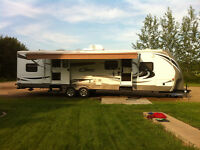 Travel trailer with bunks