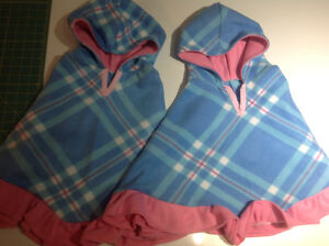 Car seat children's ponchos London Ontario image 1