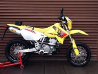 Suzuki DRZ 400 SM Only 890miles Mint. Delivery Available *Credit & Debit Cards Accepted*