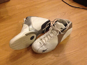 Size 10 mens basketball shoes