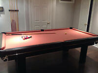 Dufferin 4X8 pool table, including balls, cues, rack , etc.