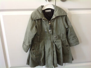 Beautiful girls coat size 2-3 years old