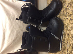 Atomic snowboard boots for sale - practically new