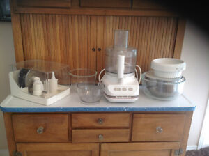 KitchenAid 4KFP600WH 11 cup food processor with all accessories