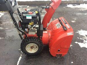 Very good snow blower   Craftsman 306cc 27 inch **soufleuse