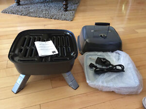 Pampered Chef Indoor/outdoor Portable Grill