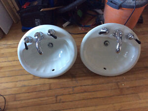 2 Porcelain Sinks with Faucets